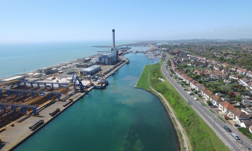 Shoreham Port partners with Sussex Dolphin Project