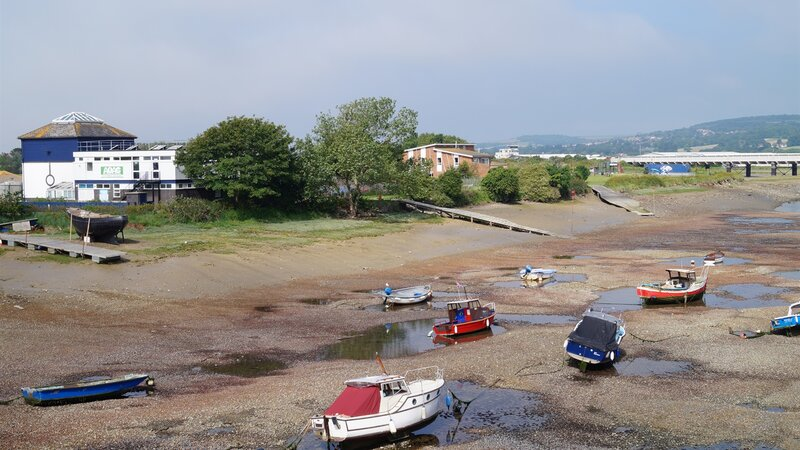 Warning to port users about illegal netting in adur estuary